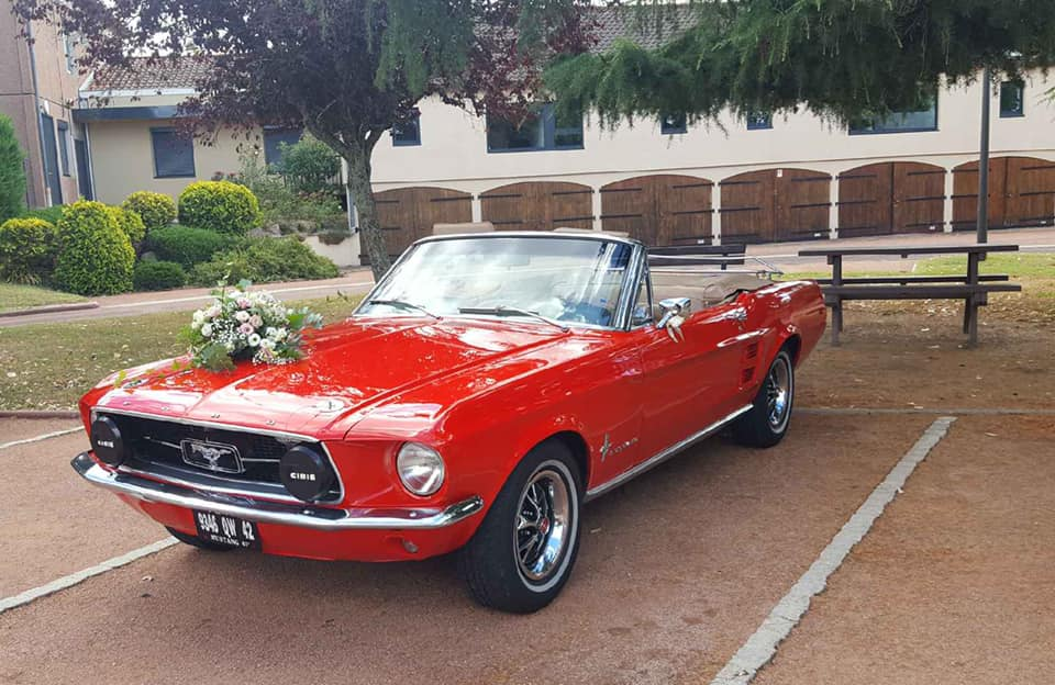 location voiture ford mustang rouge loire roanne mariage clubbing events