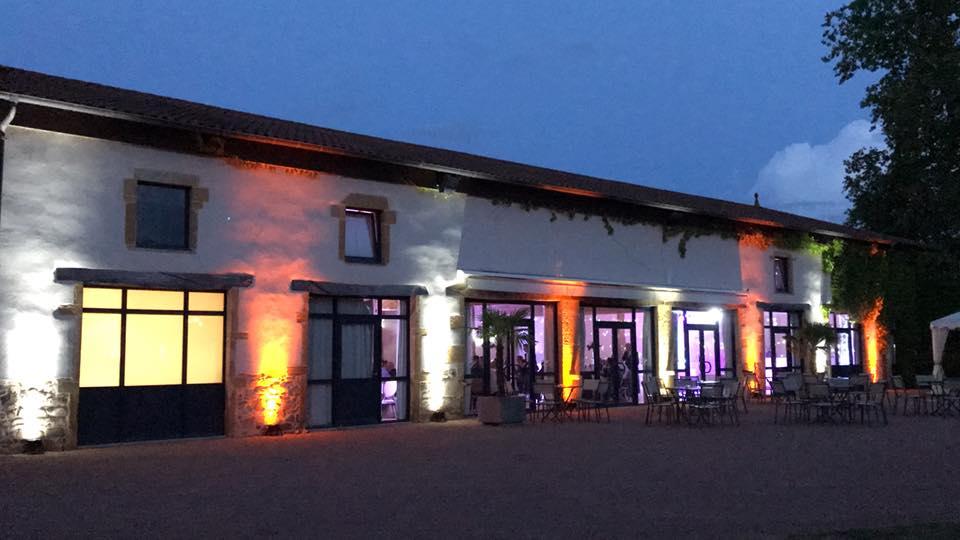 mise en lumière château de Champlong mariage villerest roanne loire clubbing events